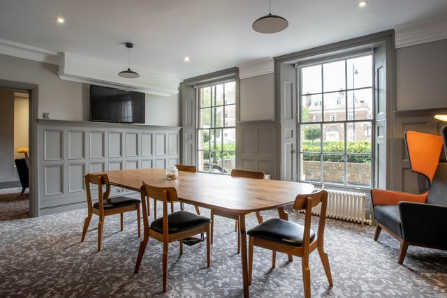 find a co-working space in Richmond Hill Hotel, London